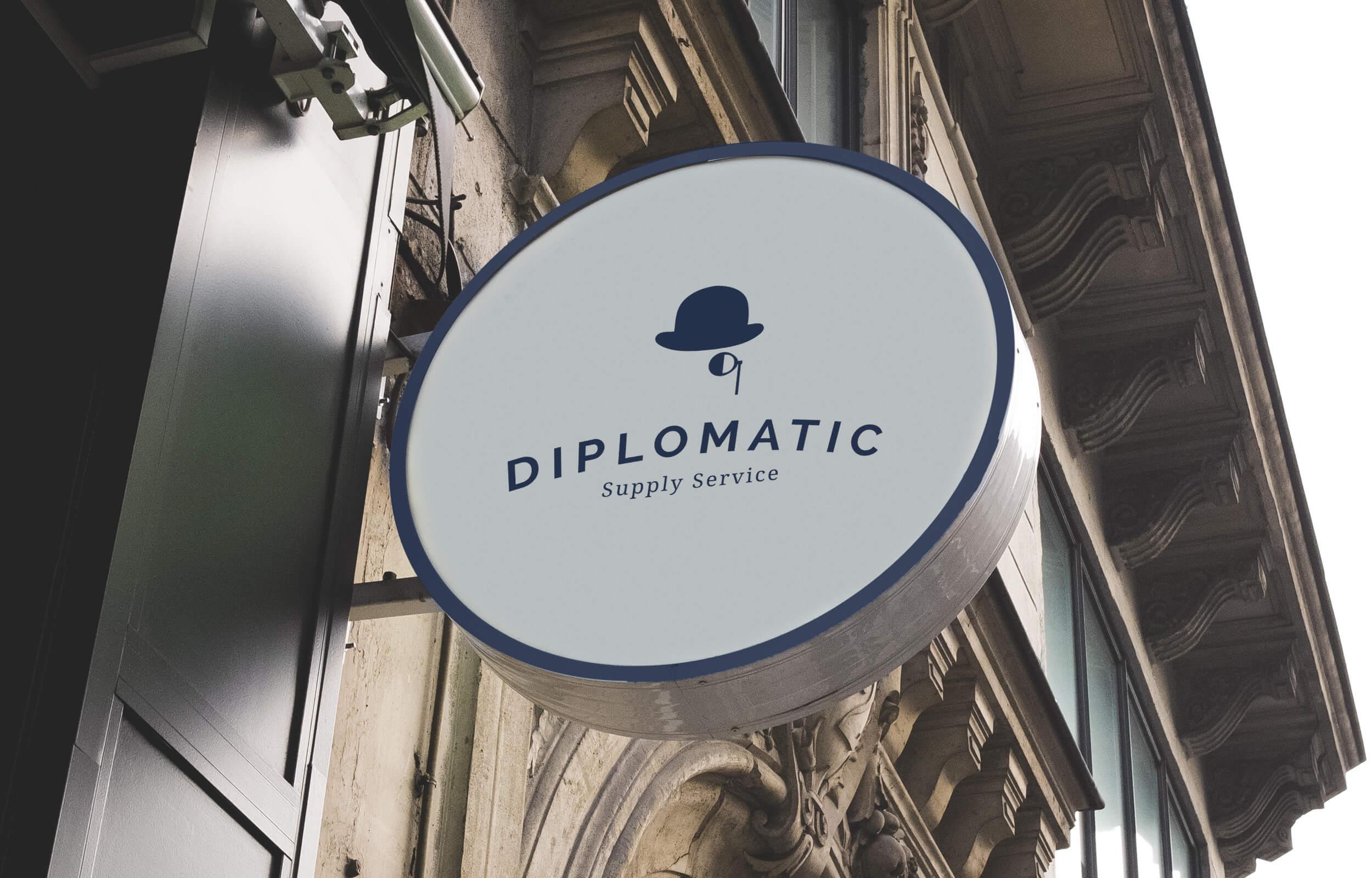 Rótulo exterior para la tienda física de Diplomatic